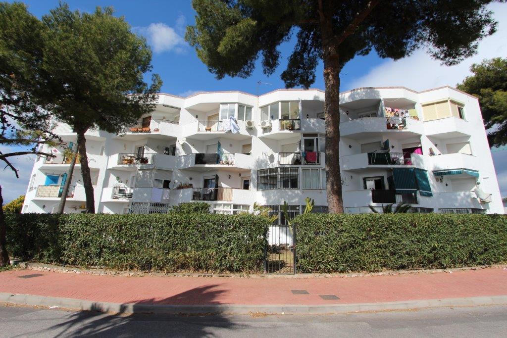Appartement  te koop in Nueva Andalucía, Costa del Sol