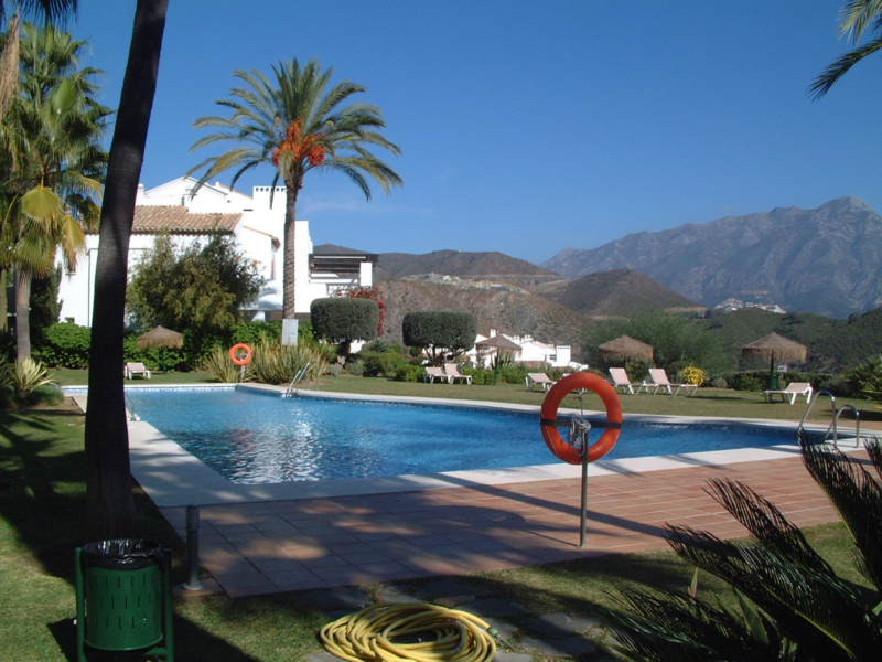 Apartment for Rent in Nueva Andalucía