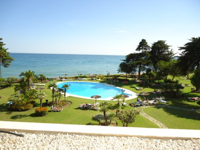 Apartment for Sale in New Golden Mile / Andalucia