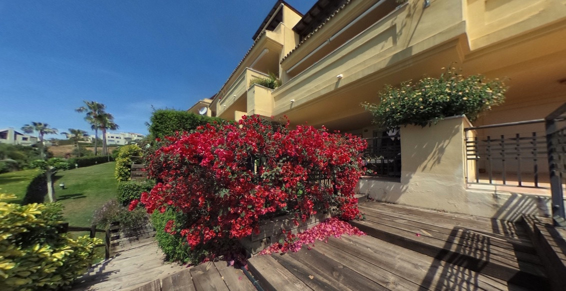 Apartment - Ground Floor for sale in Sierra Blanca