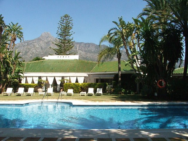 Villa for Holiday Rent in The Golden Mile