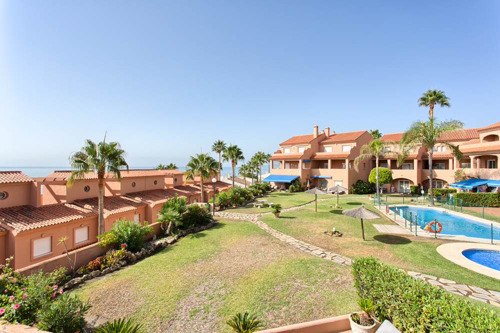 Apartment - Penthouse for sale in Estepona