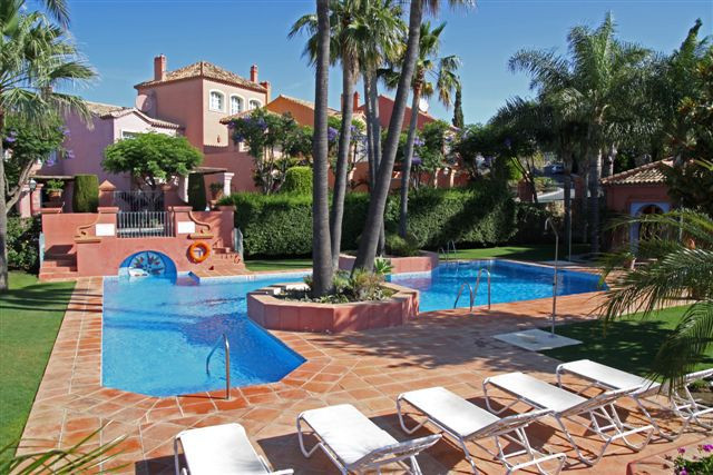 Townhouse for Sale in Benahavís / Andalucia
