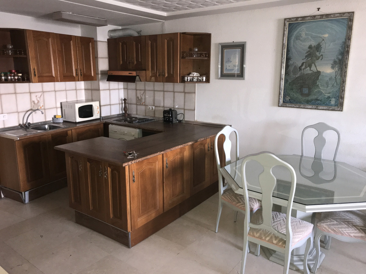 Apartment - Ground Floor for sale in Estepona