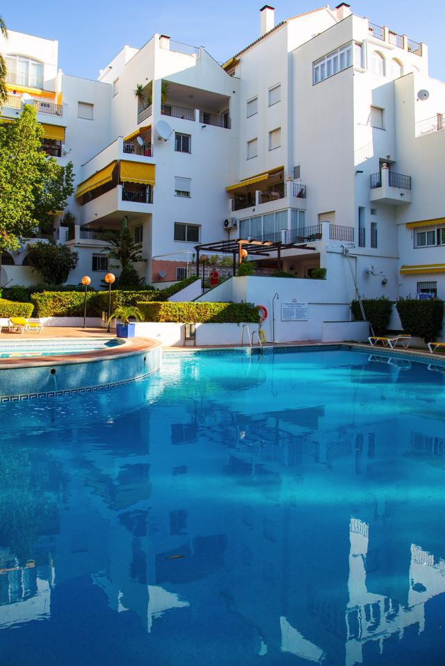 Appartement  te koop in Atalaya, Costa del Sol