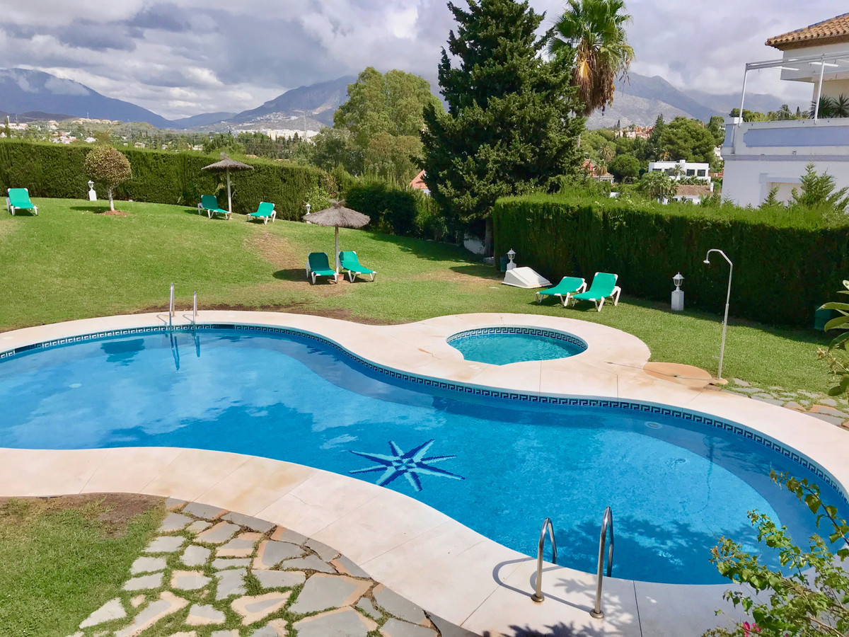 Apartment - Middle Floor for sale in Nueva Andalucía
