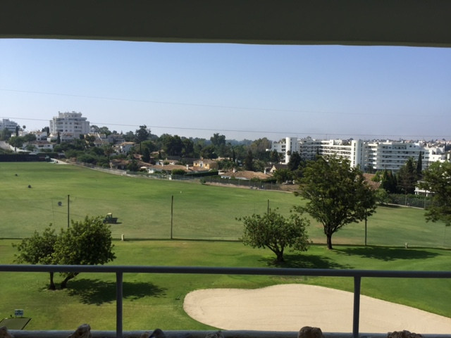 Apartment - Middle Floor for Rent in Guadalmina Alta