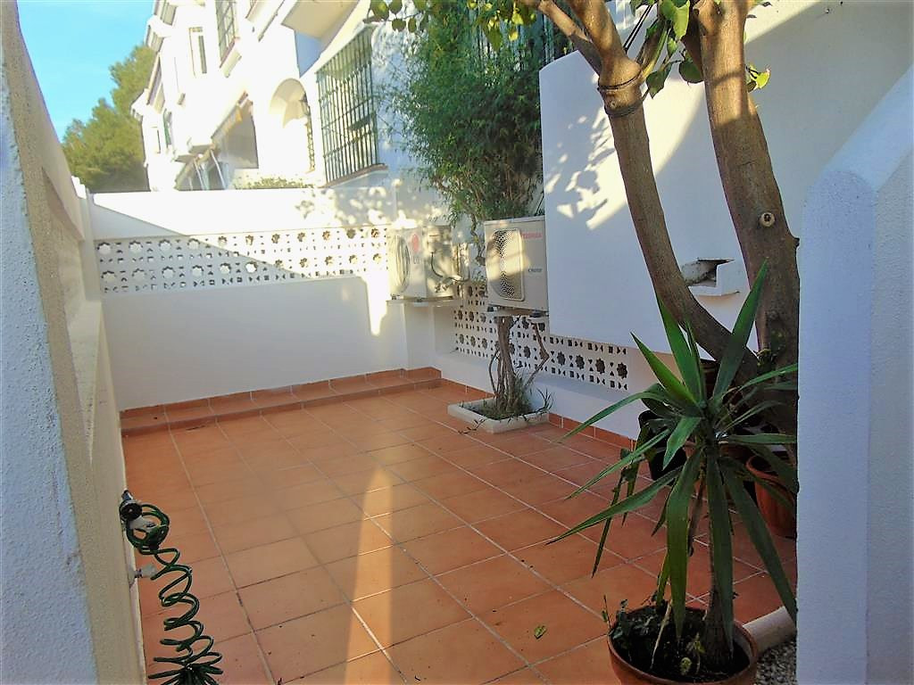 Great 3 bedroom townhouse in Montemar!  The property is set within a peaceful residential area with , Spain