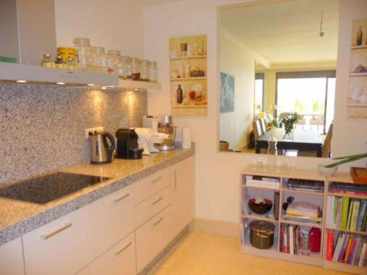 Apartamento Planta Baja en Venta en Altos de los Monteros – R3258790