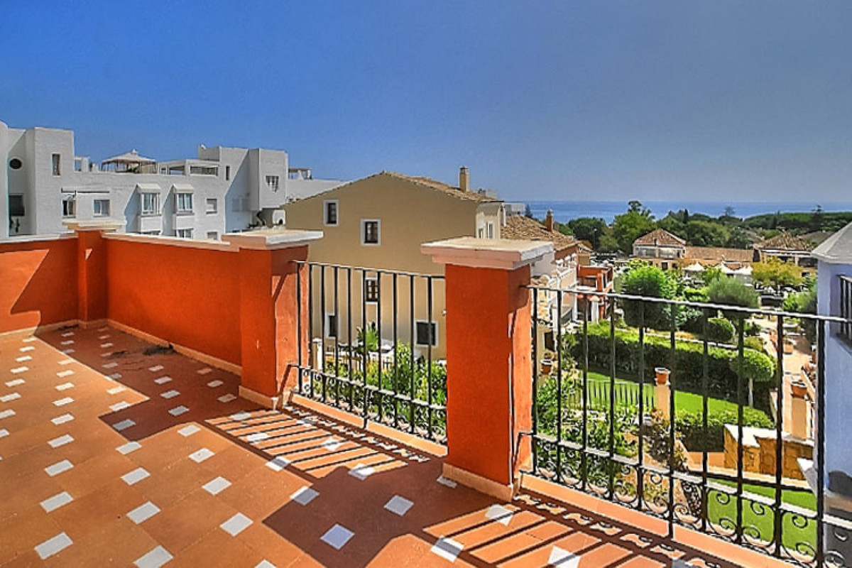 Townhouse for sale - The Golden Mile