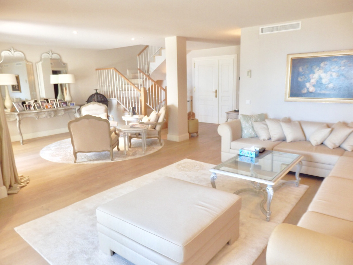 Townhouse for sale - New Golden Mile