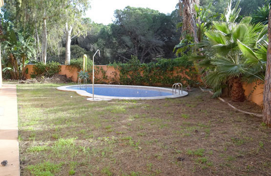 Villa for sale - Estepona