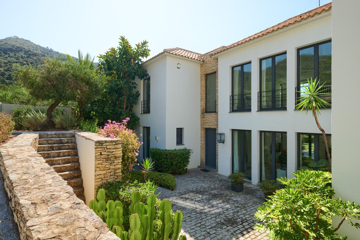 House in Benahavís R3610613 63