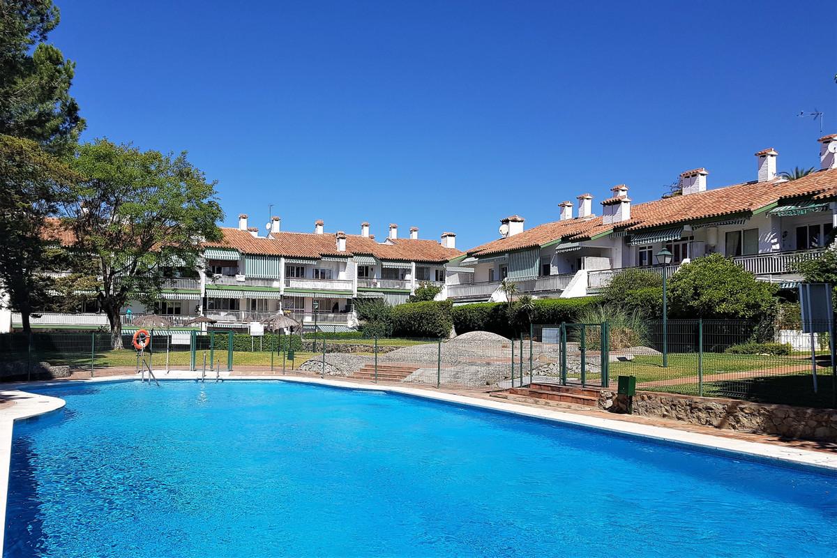 Marbella Banus Apartamento Planta Baja en Venta en Marbella – R3623072