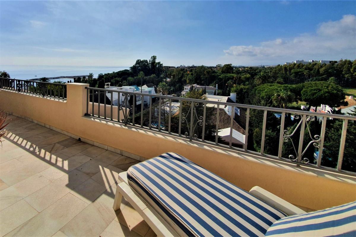Apartamento en Venta en Puerto Banús – R3752425