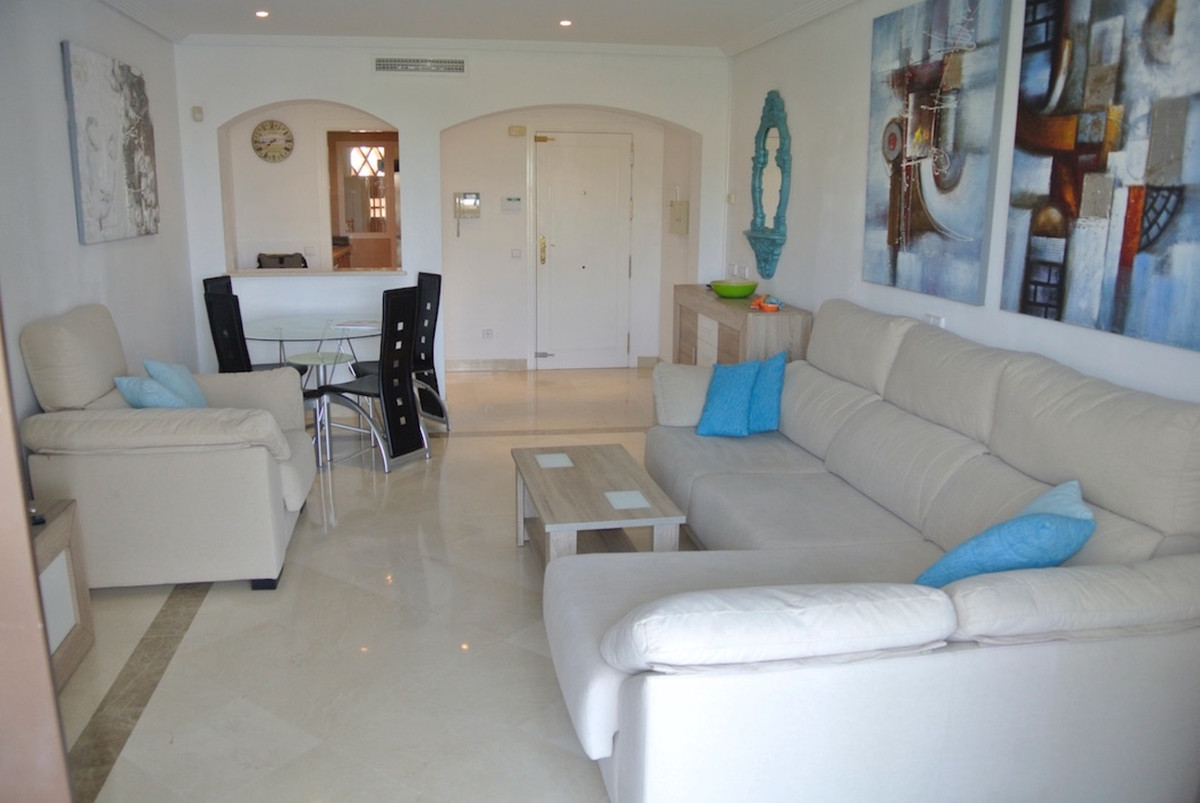 Appartement  te koop in Los Arqueros, Costa del Sol