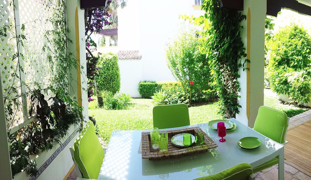 House for sale in New Golden Mile, Spain