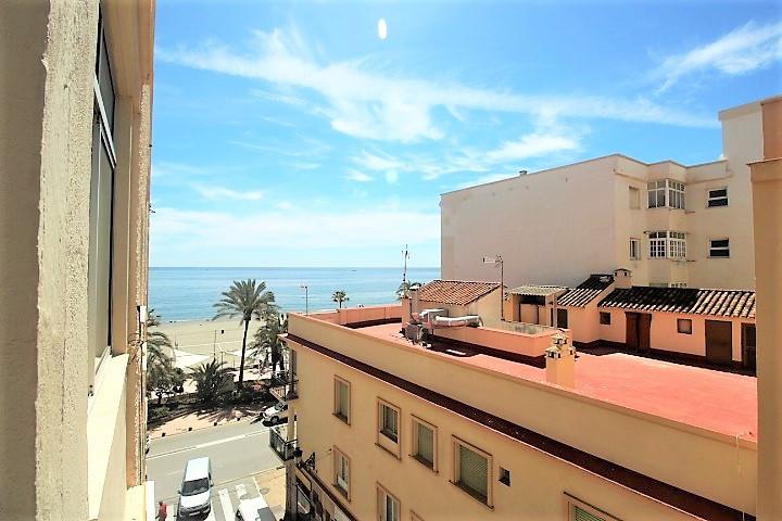 Middle Floor Apartment - Estepona - R3401659 - mibgroup.es