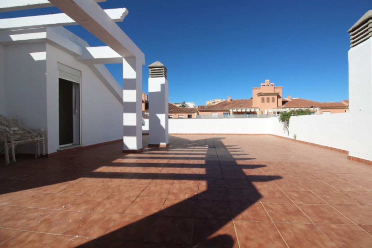 One off chance to buy in the up and coming town of Estepona. This wonderful duplex penthouse is dist, Spain