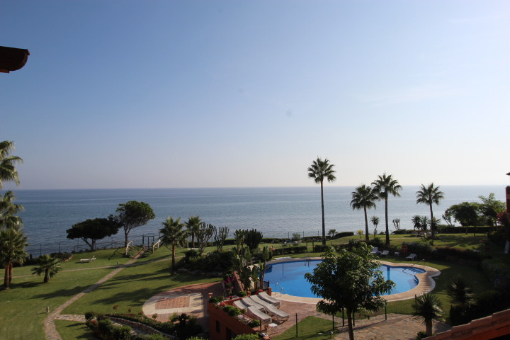 Top floor apartment with exceptional sea views and south facing orientation for sale on the sea fron,Spain