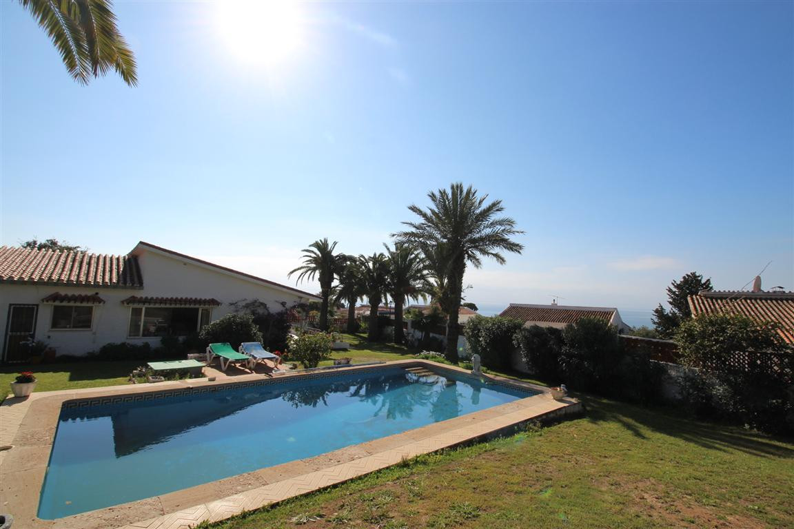 Villa now reduced on one level in San Diego, Sotogrande Quaint one storey villa located in a popular,Spain