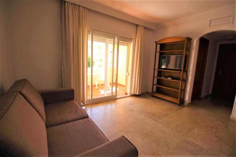 Apartamento Planta Media, Estepona – R2817821