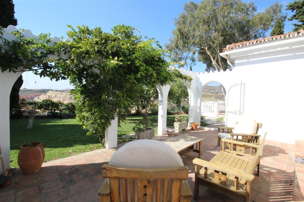 Detached bungalow style villa with private garage & pool located in Valle Romano, Estepona This , Spain