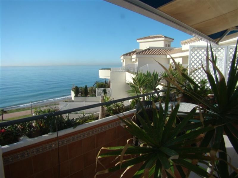 Apartment, Estepona, 400.000
