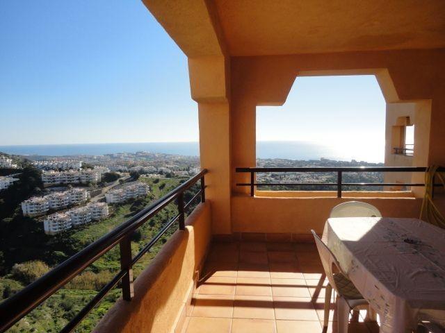 Apartment Middle Floor Calahonda Málaga Costa del Sol R3631301