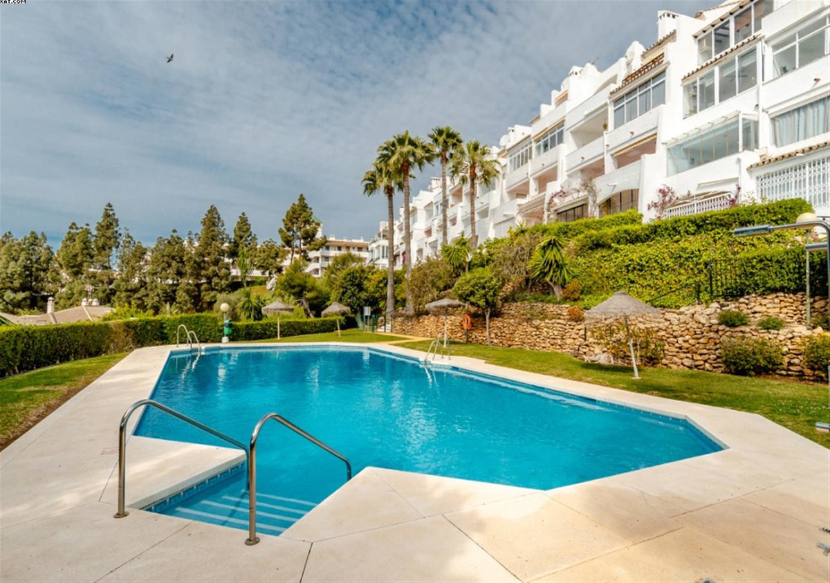 Price reduced from 289.000€ now 269.000€!!!! Beautiful corner duplex penthouse in the upper part of ,Spain