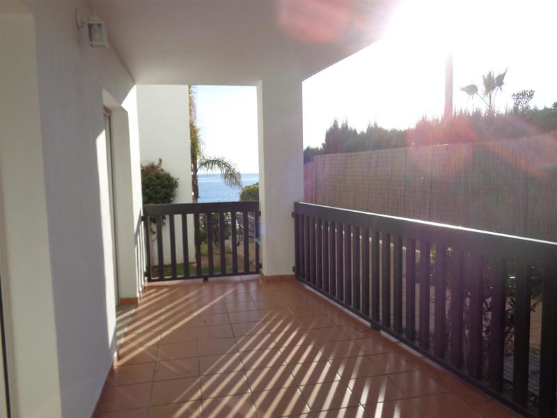 Apartamento Planta Baja en venta, Calahonda – R3554971