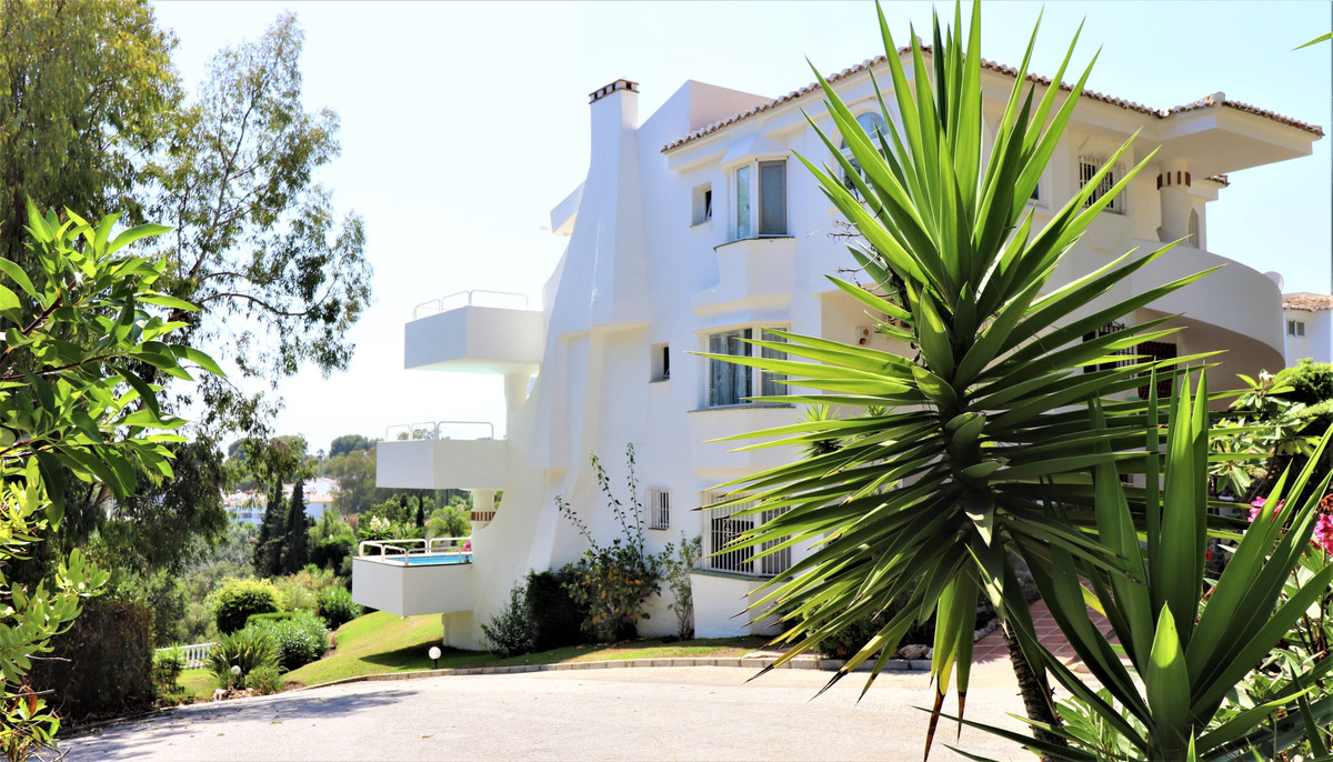 Fantastic south  facing apartment with sea views., large living room and fireplace, large terrace wi,Spain
