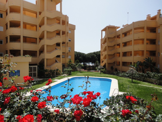 Lovely apartment in the popular complex Calahonda Royal, 2º floor, 2 bedrooms, 1 bathroom, air condi, Spain