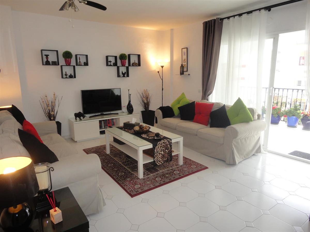 R3481426 Apartment Calahonda, Málaga, Costa del Sol