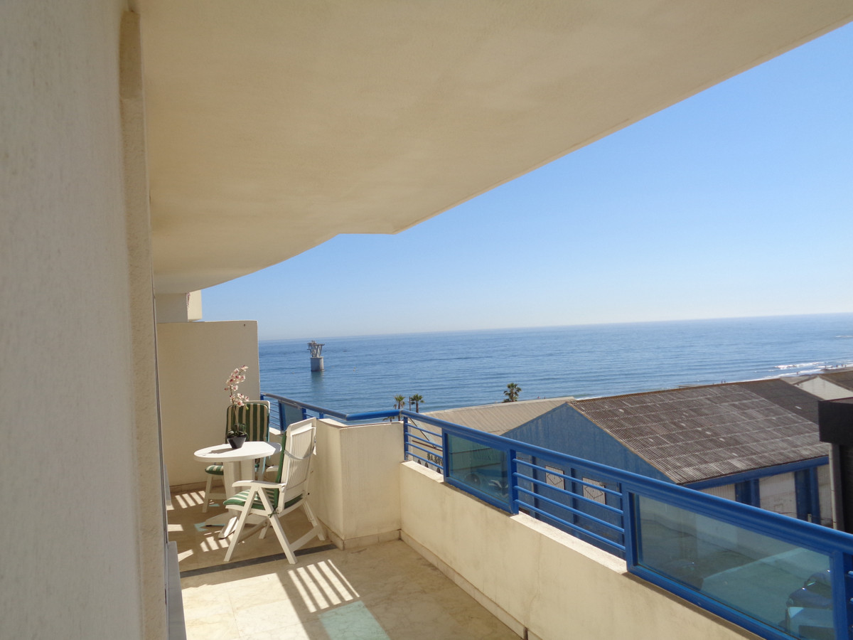 Apartamento Planta Media en Venta en Marbella – R3334105
