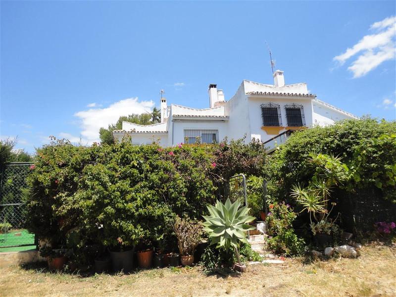Marbella Banus Adosada en venta, Calahonda – R3335239