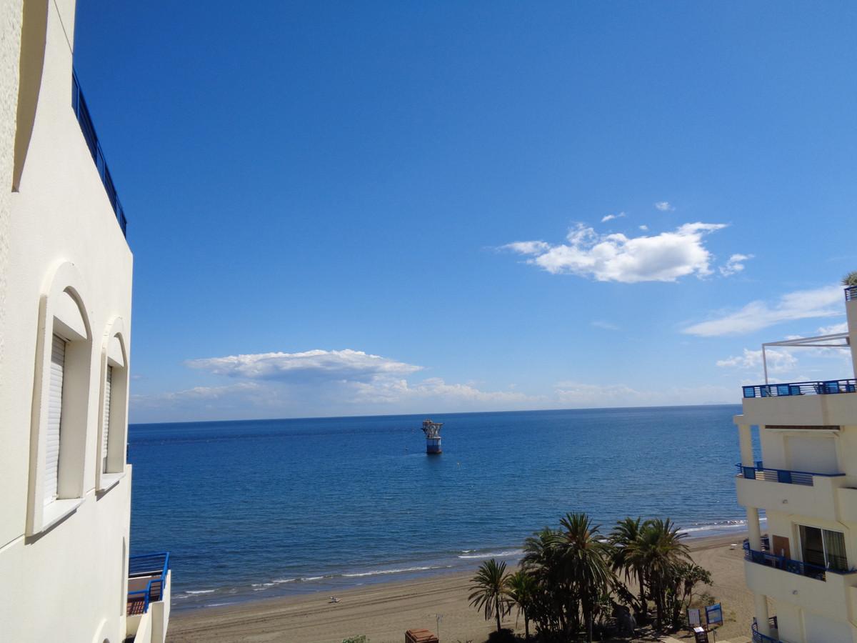 Apartamento Planta Media en Venta en Marbella – R3353665