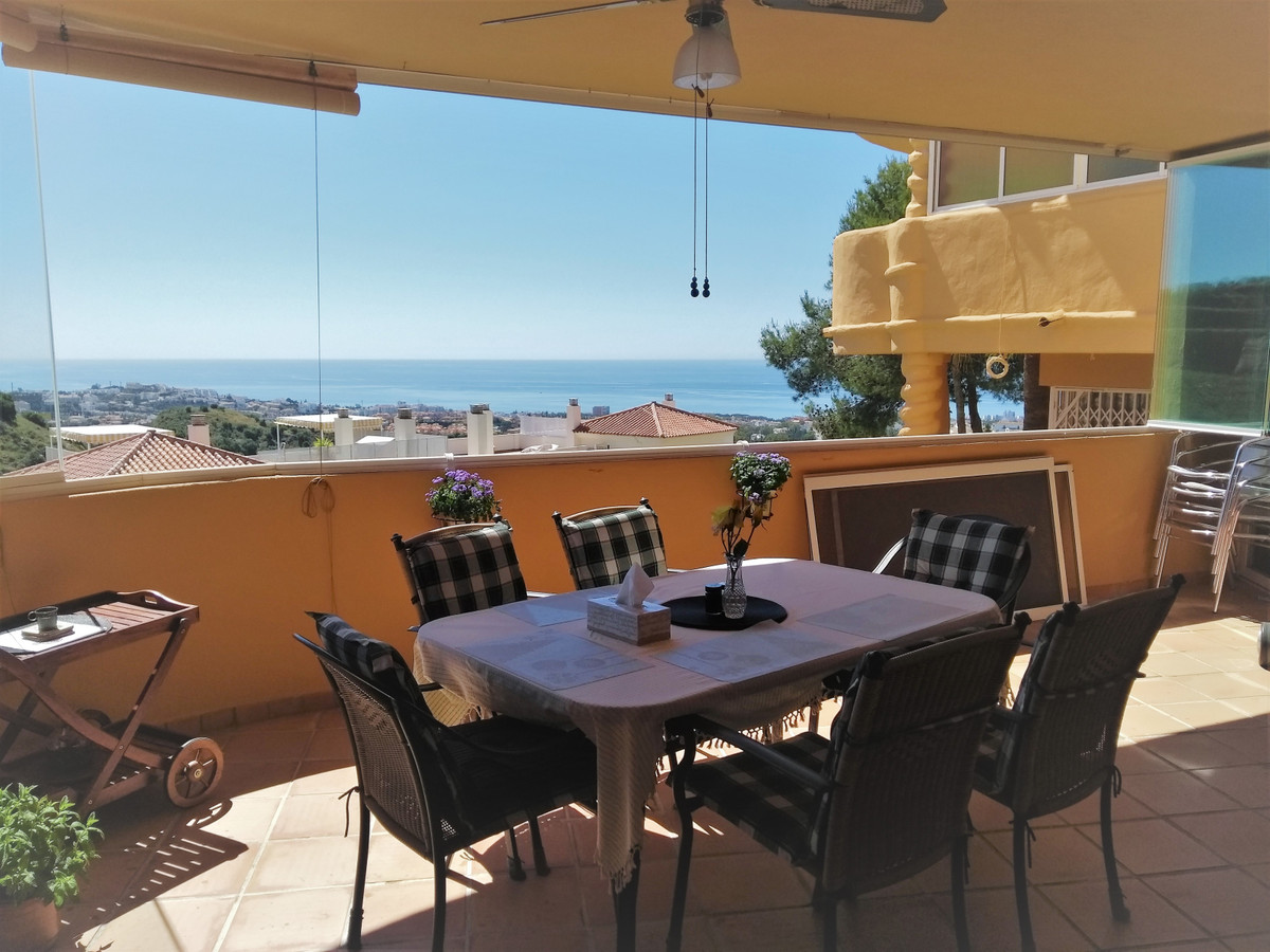 Charming and spacious first floor apartment. It consists of 131m2 built distributed in 2 bedrooms, 2, Spain