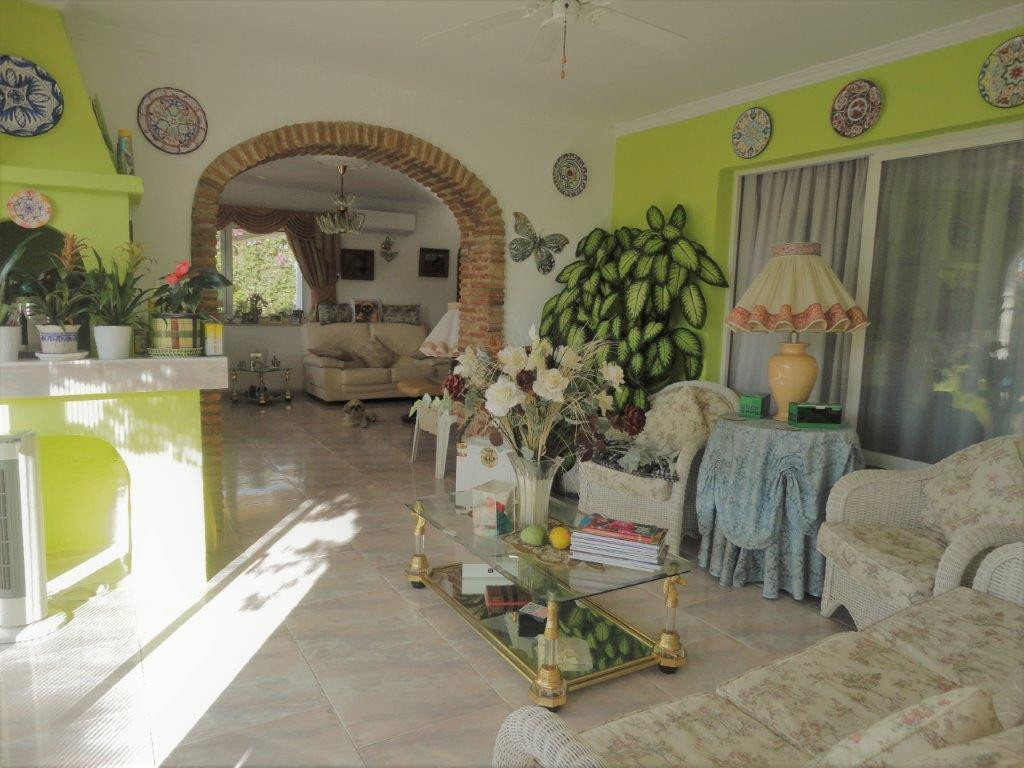 3 Bedroom Villa for sale Calahonda