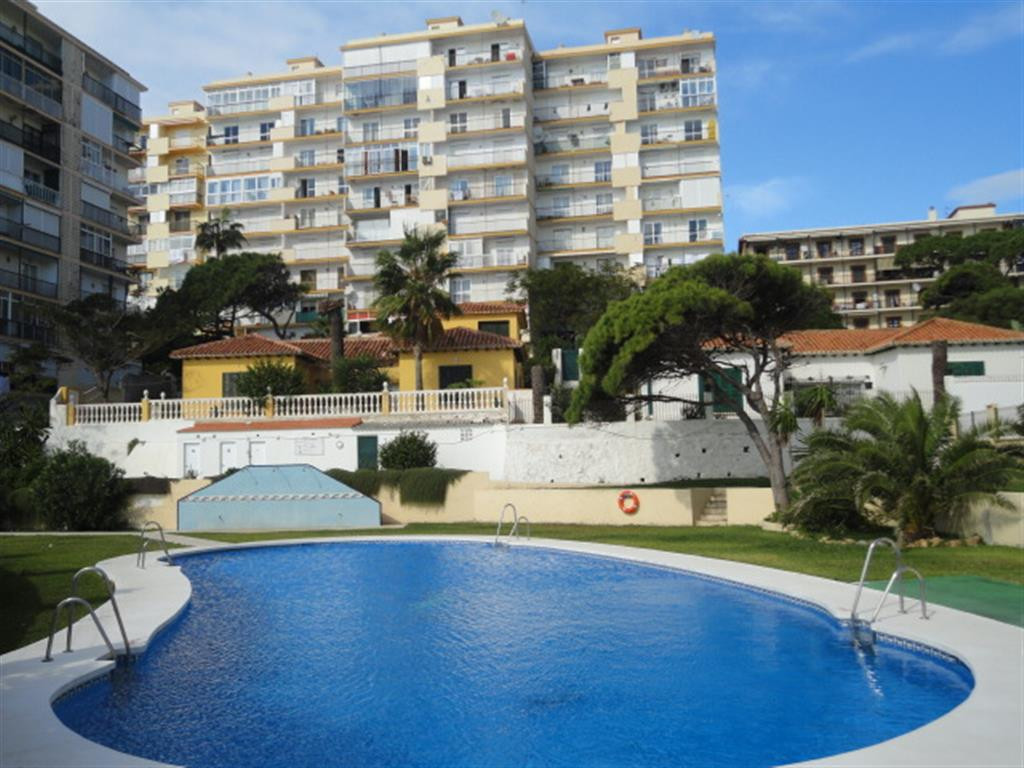 Top floor beach side apartment, consisting of 3 bedrooms, 2 bathrooms, south facing terrace with fab, Spain