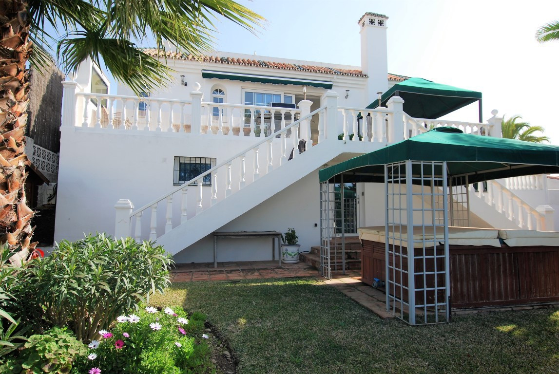 R2908856: Villa - Detached for sale in Calahonda
