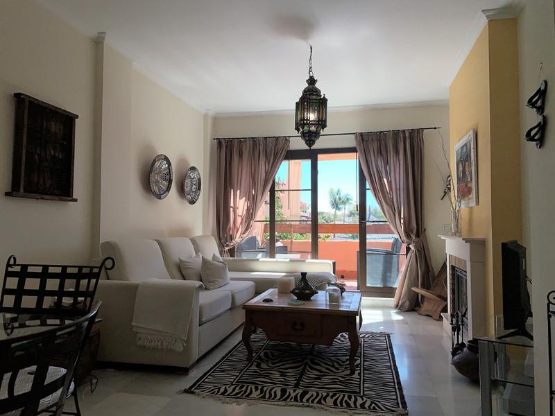 Marbella Banus Apartamento Planta Media en venta en Hacienda del Sol – R3456262