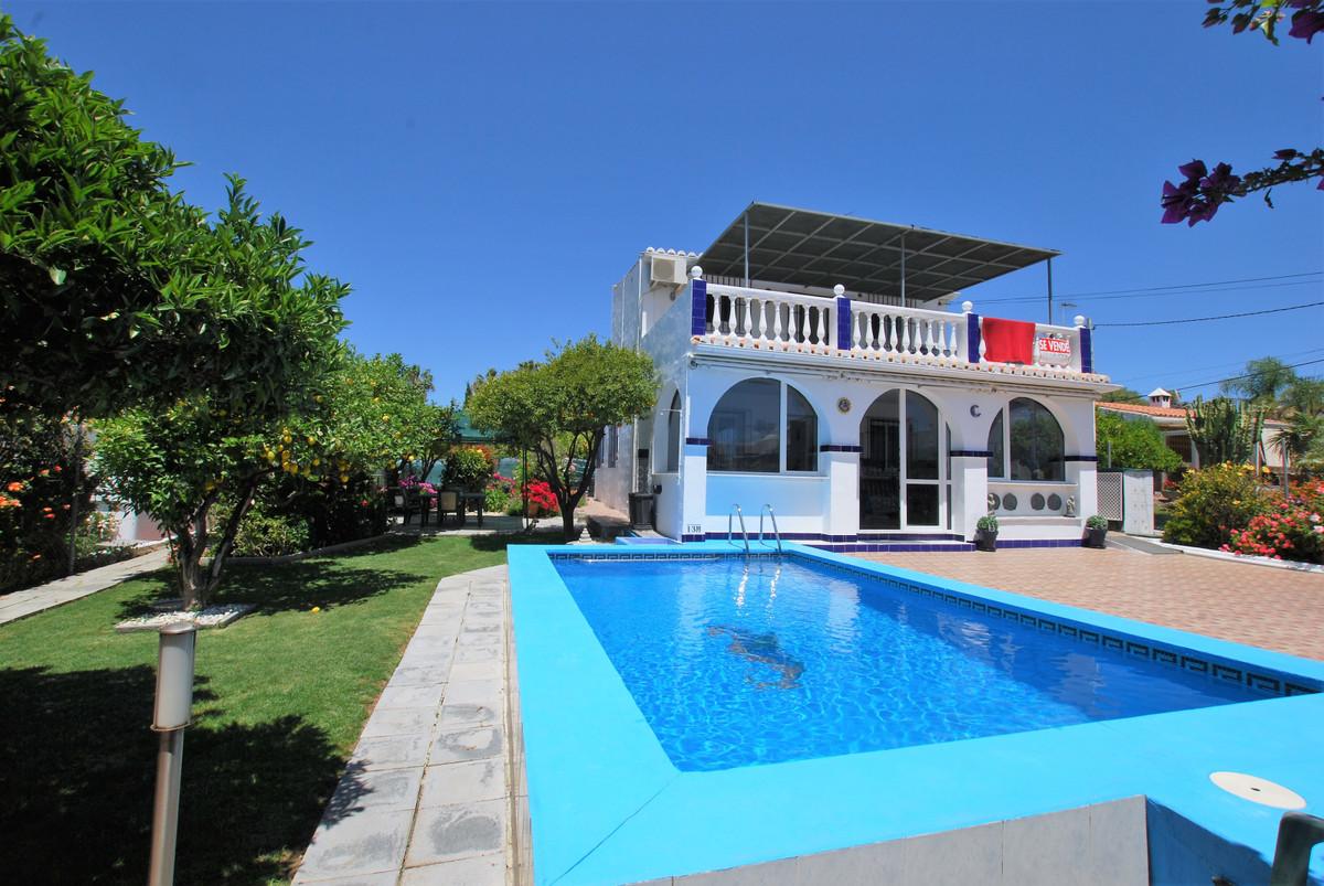 Ref:R3433252 Villa - Detached For Sale in El Padron