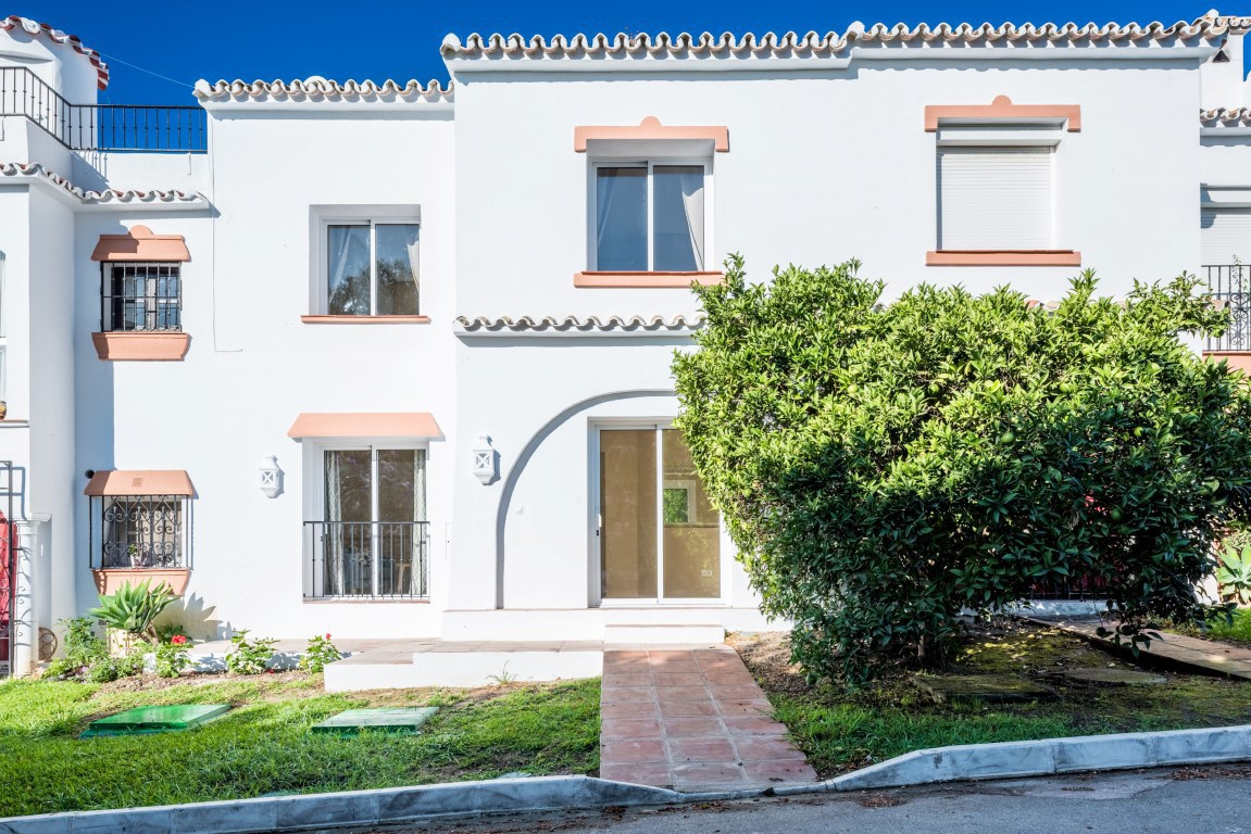 R2997773: Townhouse - Terraced for sale in El Paraiso