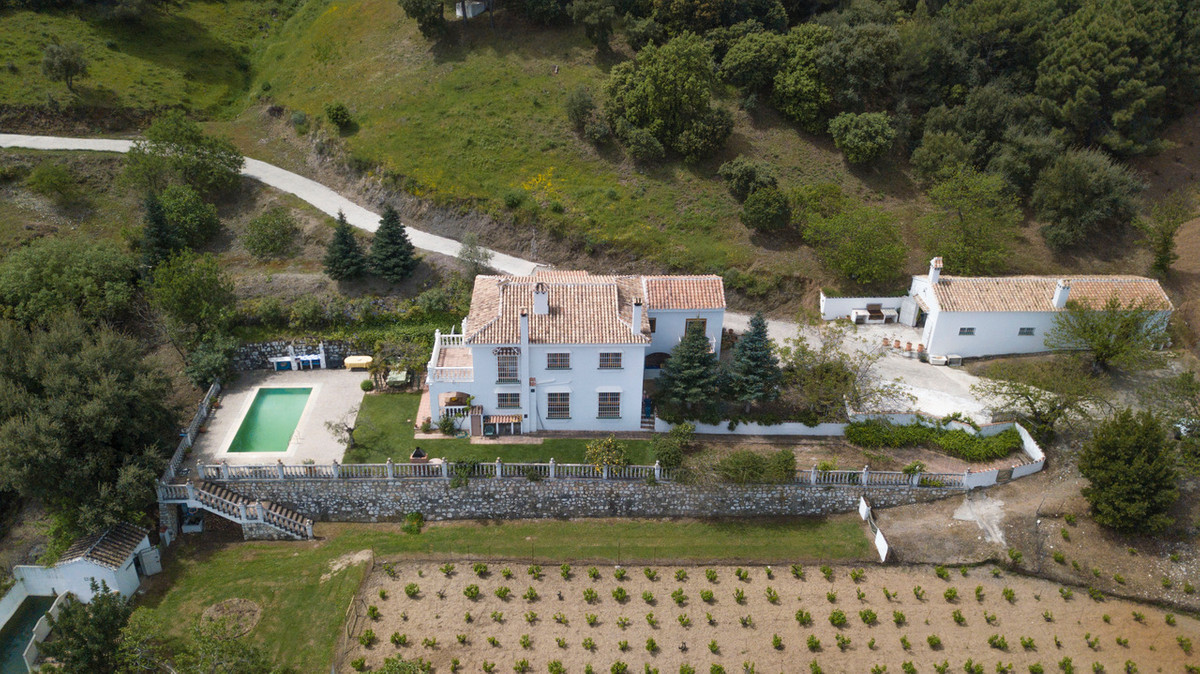 Ref:R3214507 Villa - Finca For Sale in Tolox