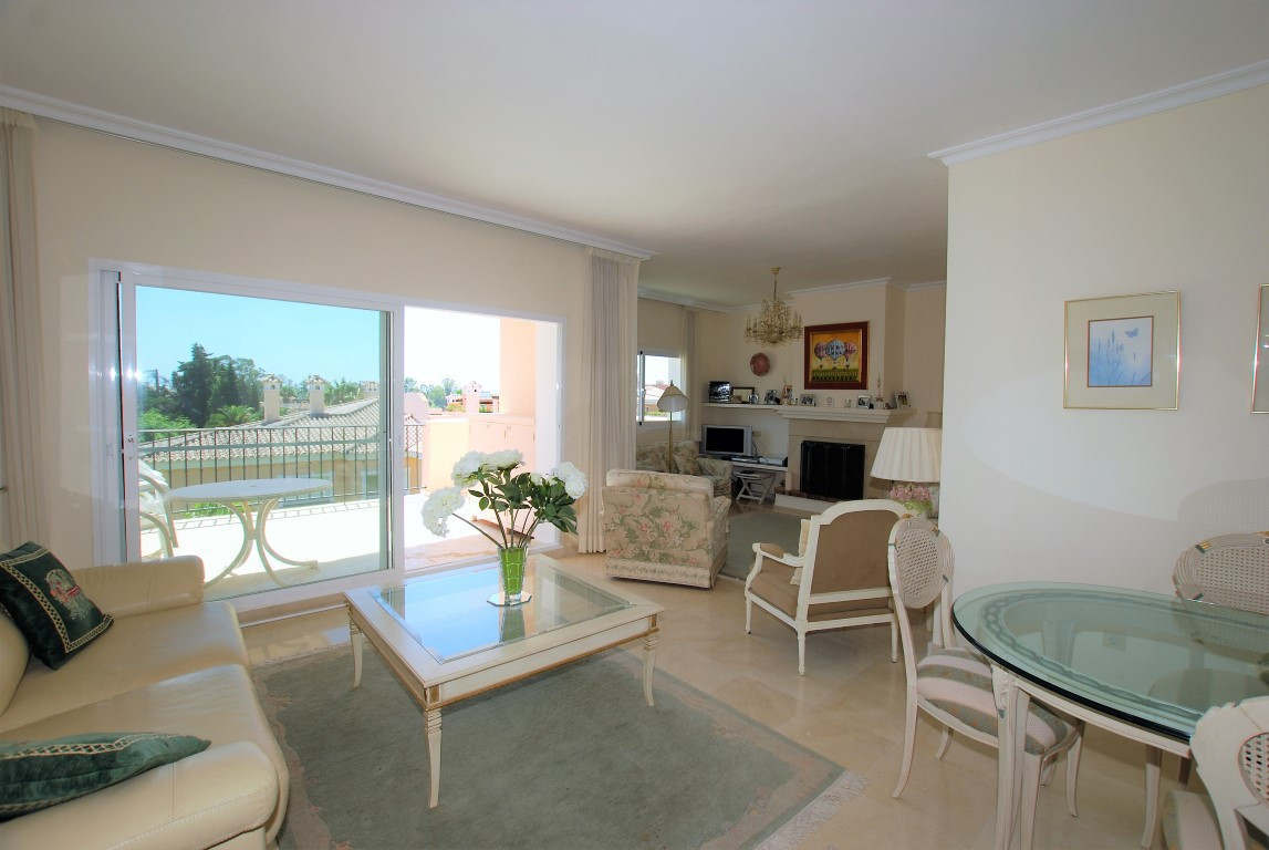 Ref:R2962289 Apartment - Penthouse For Sale in New Golden Mile