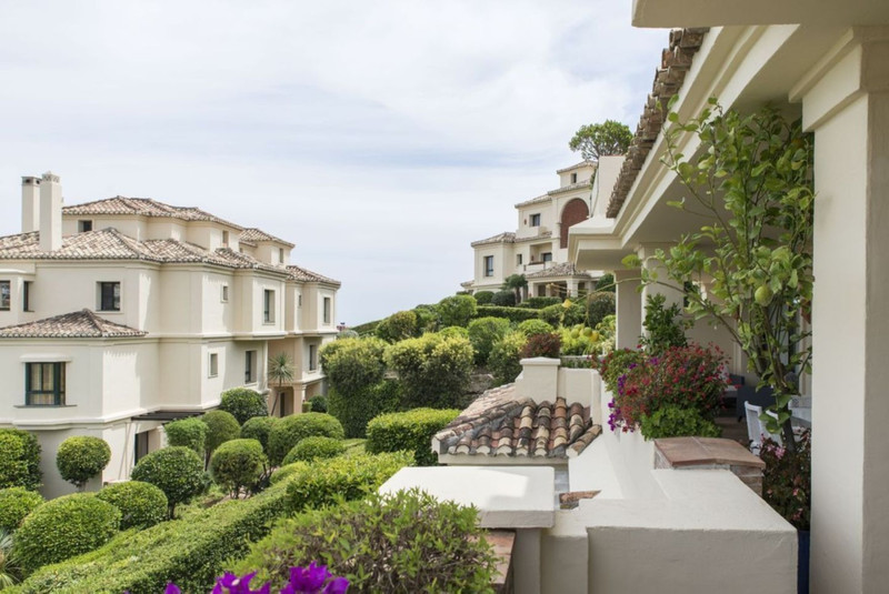 Benahavis te koop appartementen, villa's, nieuwbouw vastgoed 9