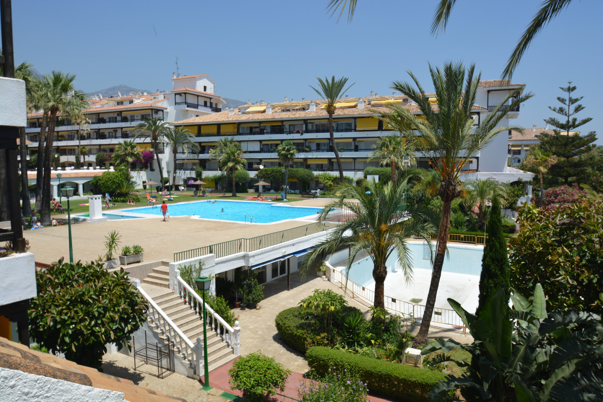 Marbella Banus Apartamento en Venta en The Golden Mile – R3629561