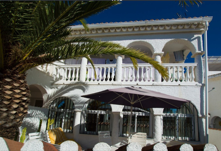Townhouse For sale In Costabella - Space Marbella