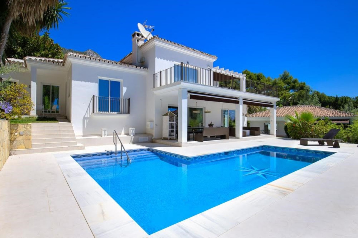 Villa  Detached 													for sale  																			 in Sierra Blanca